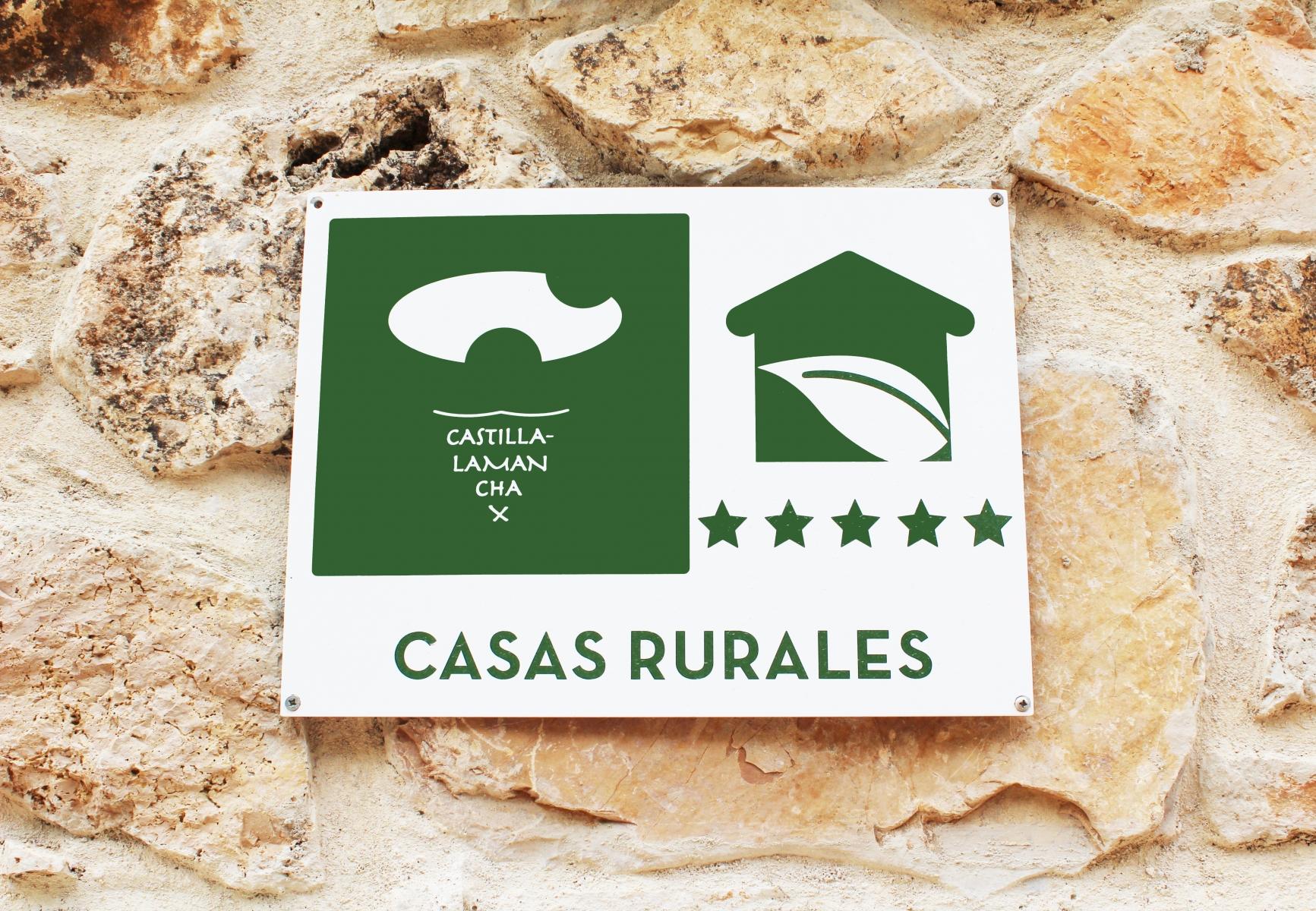 casas-rurales-laguna-la-tinaja-5-estrellas
